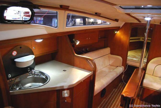 Segelyachten innen  Yachtfernsehen.com 27er-Yacht für unter 40.000 Euro - segeln ...